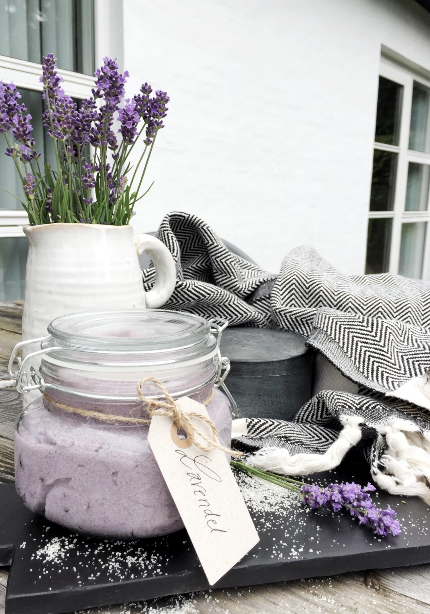 Hjemmelavet lavendel scrub