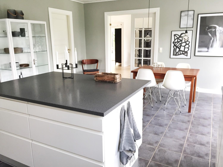 Ny farve på væggene i køkkenet