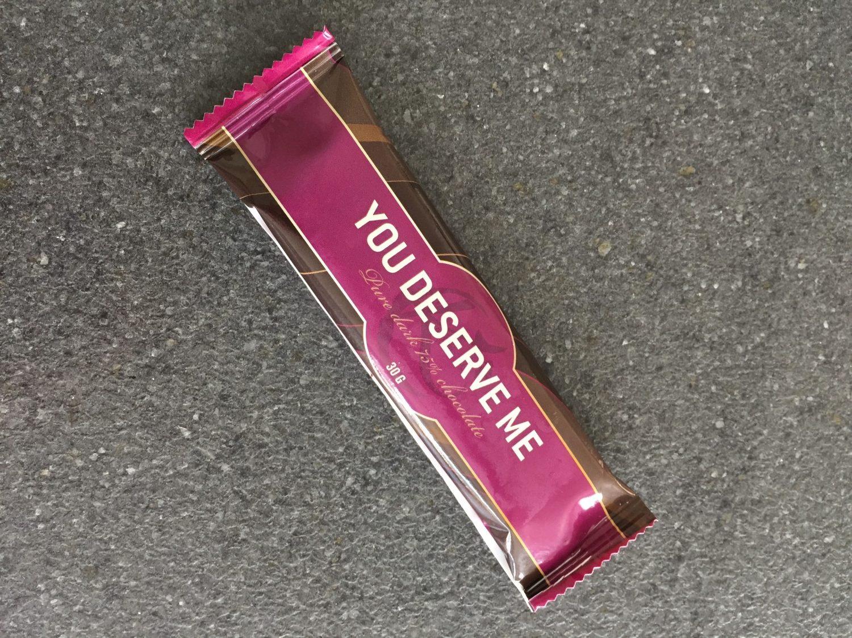 You deserve me chokoladebar