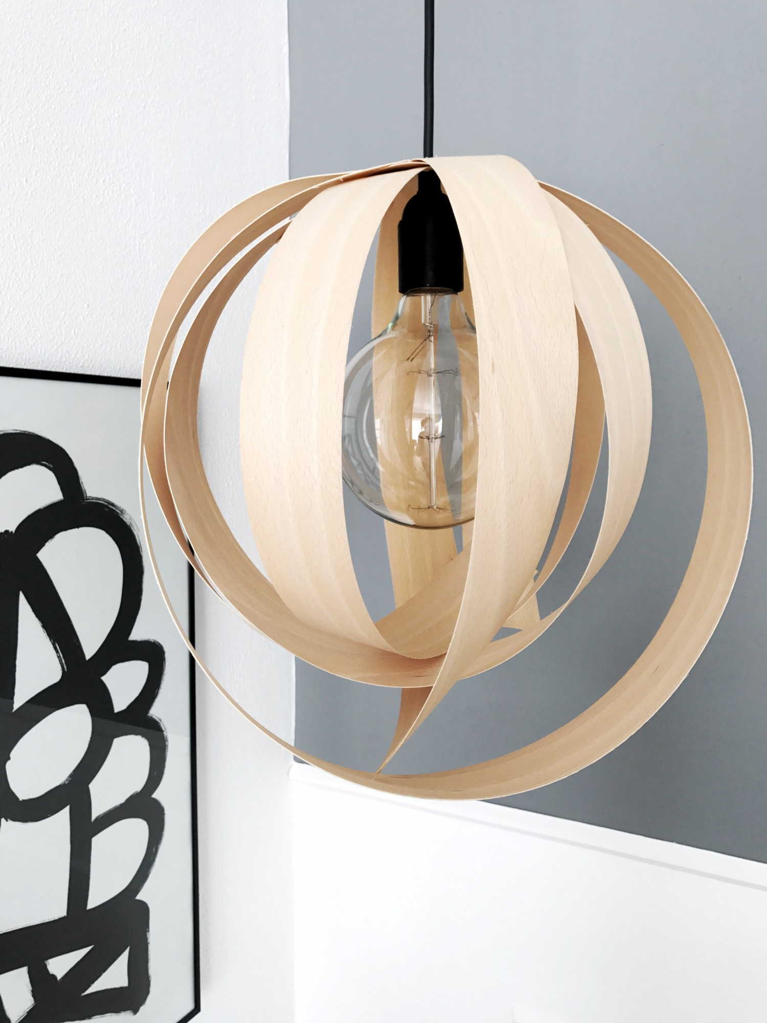 DIY lampe af finer strimler