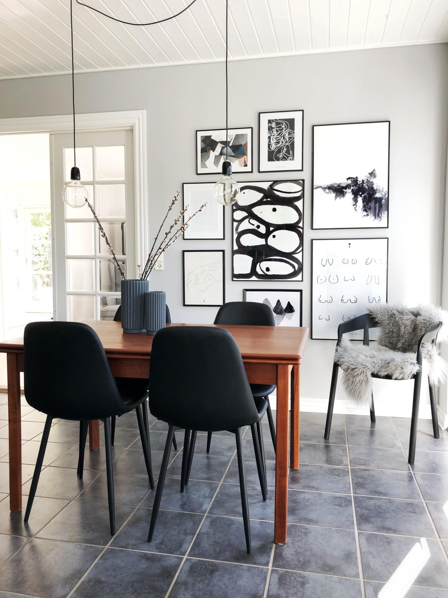 Ny farve i køkkenet og nye stole.
