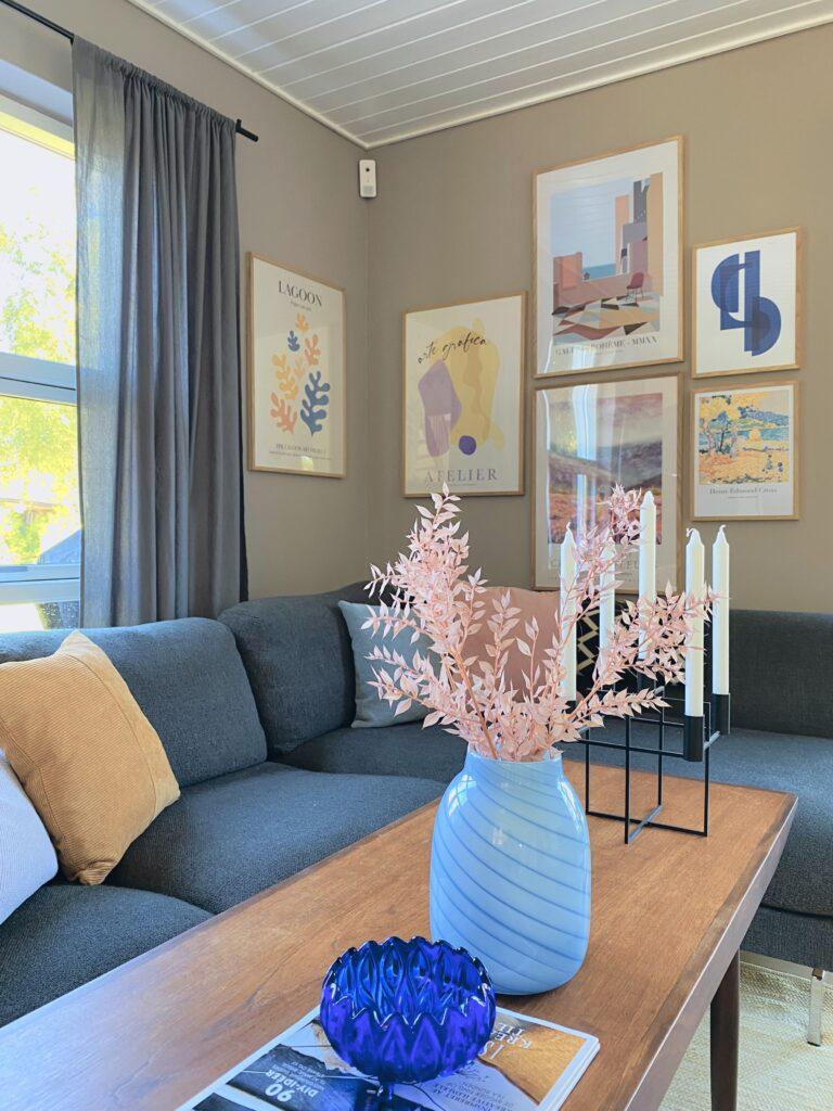 stue med mange farver